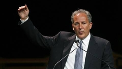 Peter Schiff predicting the 2007 crash in 2006 to Mortgage Bankers
